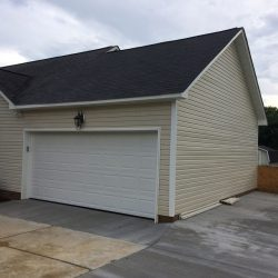 1-story attached garage
