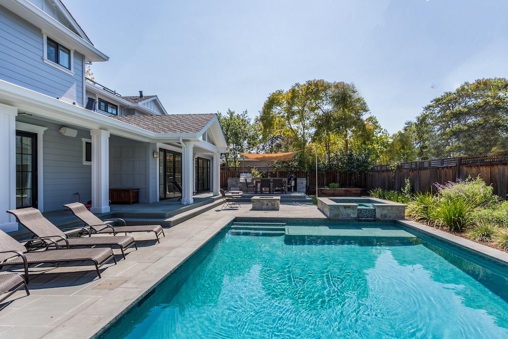 Make Summer Enjoyable With a Custom Pool House